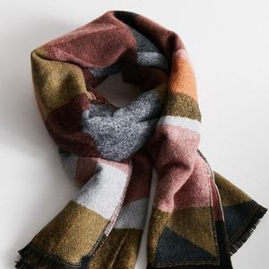 NWT Urban Outfitters Southwestern Blanket Scarf
